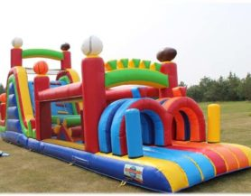 Inflatable obstacle course play area